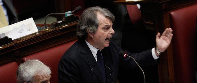 Forza Italia a Renzi: «Basta, non hai voti sufficienti e noi non ci facciamo ricattare»