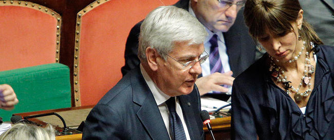 L'Italicum in bilico. Romani: difficile proseguire se si nega l'agibilità politica a Berlusconi