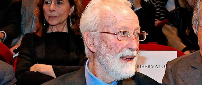 """Da """"Roma fascista"""" a padre della """"Repubblica"""": Scalfari compie 90 anni e la sinistra lo celebra"""