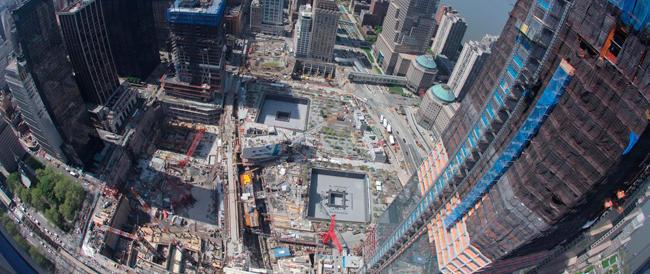 Commozione di Obama e Giuliani all'inaugurazione del museo di Ground Zero dedicato alle vittime dell'11 settembre