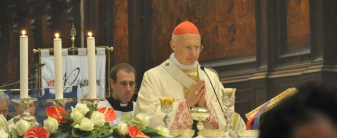 """«Poteri occulti internazionali vogliono un'Italia debole». Anche il cardinale Bagnasco tra i """"complottisti"""""""