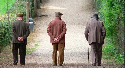 In aumento i reati contro gli anziani: l'insidia maggiore è sempre la truffa a casa