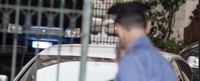 La polizia bussa a Palazzo Grazioli: primi controlli per Berlusconi. Sarà contento Flores d'Arcais…