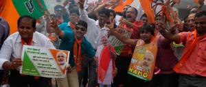 Voto in India, débacle per Sonia Gandhi. Scurria: ha vinto il partito anti-marò, ora Renzi vada a New Delhi
