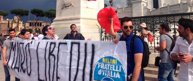 FdI mobilitata per i Marò. E La Russa rivela pressioni di Renzi per «tenere bassi i toni»