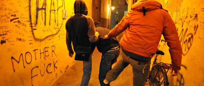 Bullismo, dati choc: una vittima su dieci tenta il suicidio