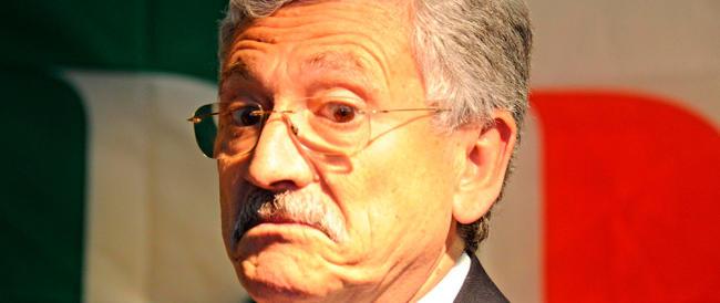 """Il """"girotondino"""" D'Alema: «Fin quando ci sarà Renzi, il Pd non vincerà mai»"""
