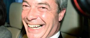 Grillo difende Farage sulla stampa inglese: «È un tipo spiritoso, siamo pronti a un'alleanza»