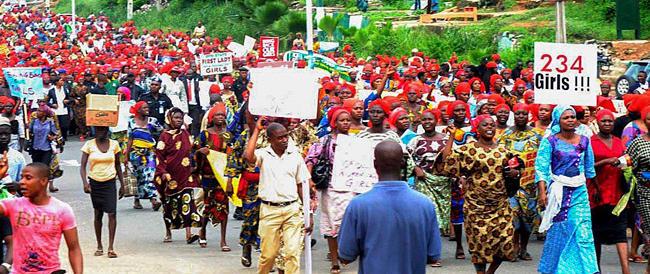 Nigeria, un team Usa per salvare le liceali. La solidarietà per le ragazze e le loro madri contagia il web