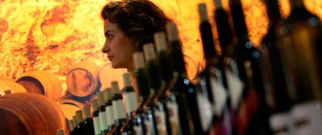 Le donne di destra e il vino: dai luoghi comuni ai nuovi costumi