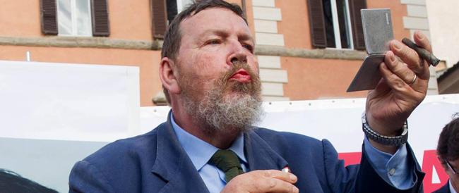 Ferrara: «Grillo voleva fare la marcia su Roma? Al massimo la farà su Rapallo»