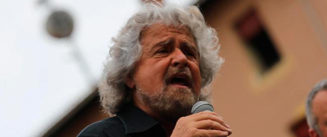 Show in piazza e in tv: attenti, Grillo sta trascinando il Paese in un burrone