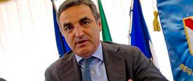 In manette il candidato di Alfano. Accusa di concussione per Paolo Romano, in corsa nella circoscrizione Sud