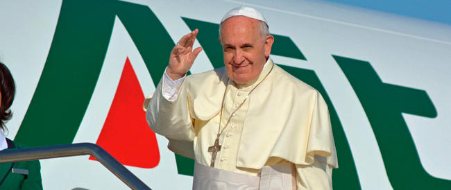 """Il Papa """"apre"""" a Pechino. Ma la Cina comunista continua a serrare i ranghi"""
