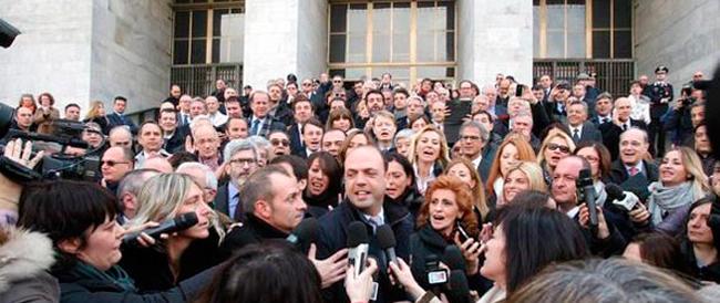L'agonia della Seconda Repubblica non risparmia la Procura di Milano