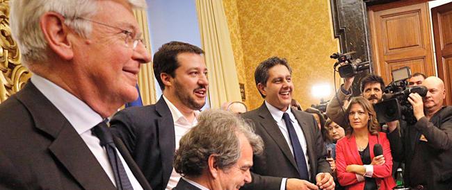 Forza Italia appoggia i referendum leghisti. Prove di dialogo, ma per l'alleanza c'è tempo