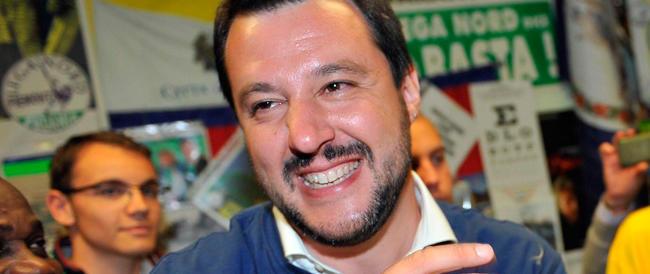 """Salvini esulta: a Forza Italia e ad Alfano dico """"non sedetevi con la Merkel…"""""""