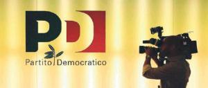 Renzi: «Italicum entro l'estate, ma non penso al voto». E ai militanti dice: «Guardate le serie americane»