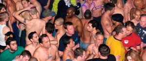 Roma cade a pezzi, ma il Comune pensa a fantasticare sul turismo gay