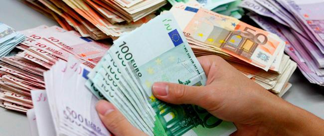 Chi maledice l'euro non è un populista. E solo la destra può capire la sua rabbia
