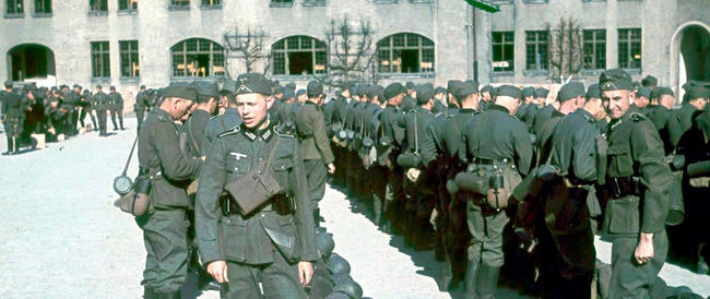 """Rivelazioni sulla """"Gladio tedesca"""": duemila reduci della Wehrmacht pronti ad armarsi in caso di invasione sovietica"""