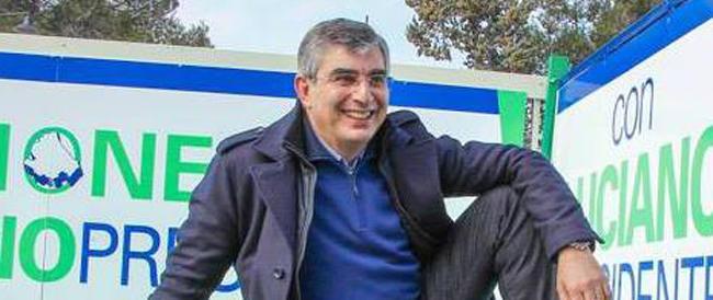 «Gli ufo in cammino verso l'Abruzzo»: così il candidato Pd alla Regione diventa il giullare del web