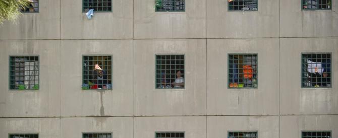 Appalti sospetti: indagato il commissario del piano carceri