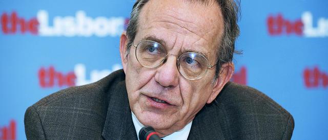 Il ministro Padoan diffonde ottimismo, ma i conti del governo non tornano