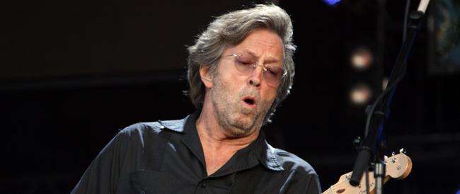 L'addio di Eric Clapton a concerti e tour: vuole andare in pensione. «Vivere on the road è insopportabile»