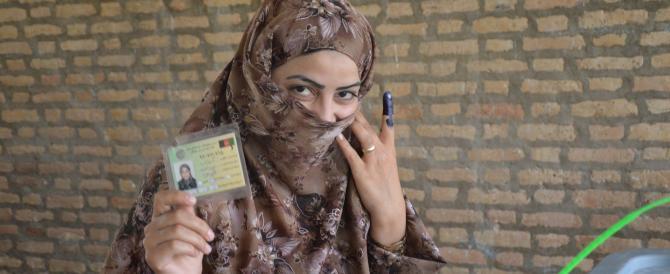 Afghanistan: fra gli attacchi dei talebani si vota per il successore di Karzai