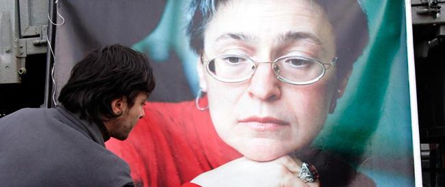 Due ergastoli per l'omicidio della Politkovskaia. Ma non c'è nessuna prova sulle responsabilità di Putin