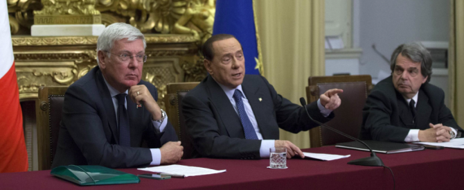 """Riforme, Berlusconi rilancia sul """"presidente eletto dal popolo"""". Dal primo settembre la raccolta di firme"""