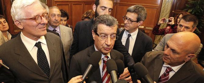"""Riforme, nuova fronda nella maggioranza per """"salvare"""" il Senato. Forza Italia blocca l'asse Pd-Grillo"""