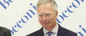 Anche l'ex rettore della Bocconi, fedelissimo di Monti, scopre che forse è meglio uscire dall'euro