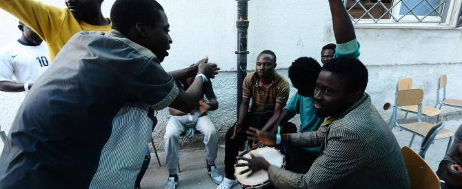 Sesso in cambio dello status di rifugiato: arrestato il presidente della Caritas di Trapani