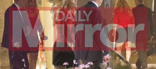 Nigel Farage in prima pagina su un tabloid inglese mano per mano con una bionda. Che non è la moglie…