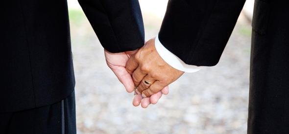 """""""Nozze gay a settembre"""". La promessa di Renzi galvanizza l'Unità"""