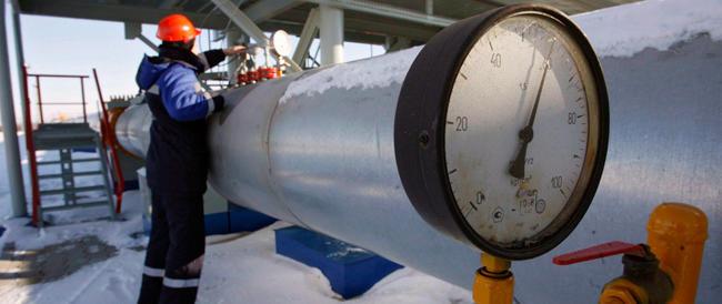 Gas, Mosca minaccia di chiudere i rubinetti a Kiev: sarà emergenza già da lunedì