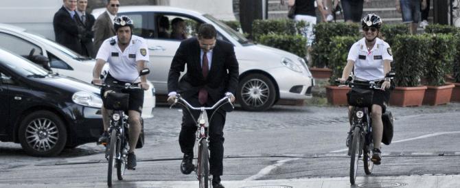 Roma è maglia nera europea per il traffico? E Marino taglia 12 linee dei bus