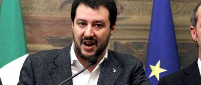 Sbarchi, l'alt di Salvini ad Alfano: «Dai sindaci leghisti neanche un centesimo per l'immigrazione»