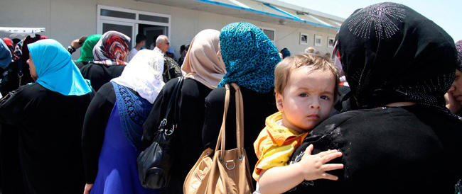 Iraq, è fuga dalle città, centinaia di morti e migliaia di profughi. Gli Usa in allarme stanno «valutando»…