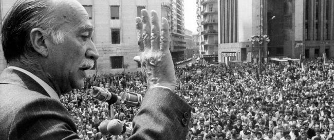 """Quando Napoli """"impazzì"""" per Almirante sindaco"""