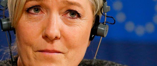 Salta il secondo gruppo euroscettico a Strasburgo: Marine Le Pen non ce la fa. Ma non si arrende…