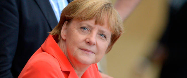 Ma com'è strana questa Europa, con la Merkel che mette tutti in riga…