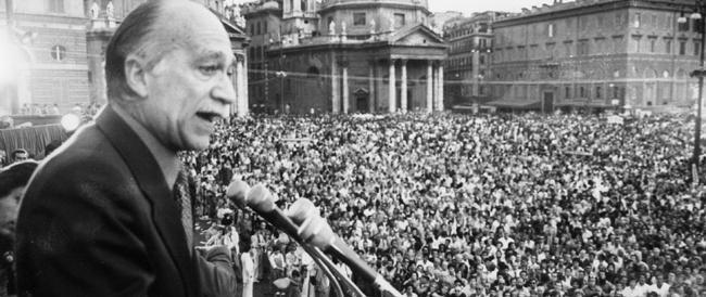 Carisma e capacità oratorie di un leader che entusiasmava le folle