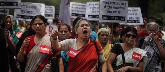 Napolitano scende in campo per Meriam, ma l'Italia dimentica le vittime degli stupri in India. Tacciono Boldrini e le ministre renziane…