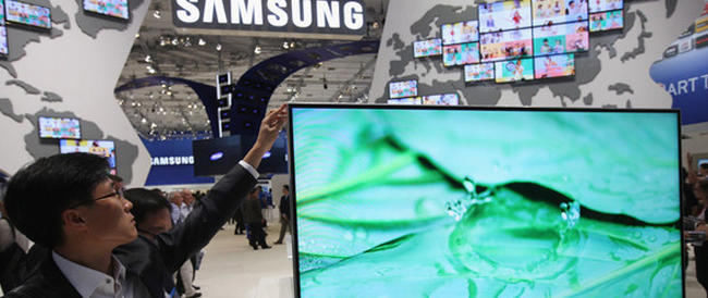 Samsung sott'accusa per le condizioni di lavoro, decine di lavoratori affetti da malattie rare. Il colosso chiede scusa