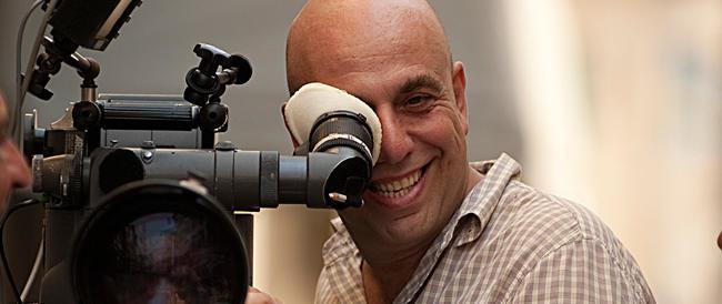 Ennesima lite col Pd, stavolta Grillo attacca il regista Virzì. La replica: «Sei un nazista light»