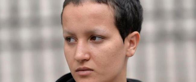 La ex-femen Amina si è inventata l'aggressione a Pigalle. Ora è stata fermata per falsa denuncia
