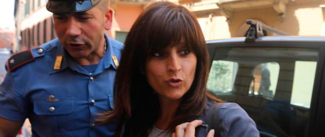 L'avvocato Taormina: «La Franzoni può lavorare. Bene, allora mi paghi»